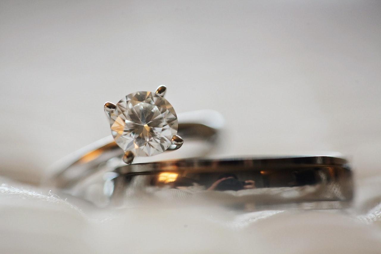 cut in diamond