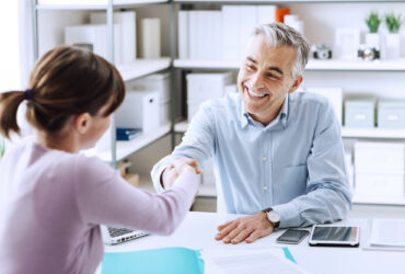 Most companies would eventually face employee-related challenges. These human resources management tips would be beneficial to small business owners.